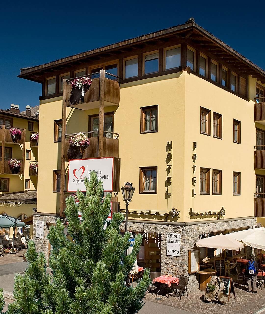 Hotel touring livigno sito ufficiale hotel a livigno con piscina - Livigno hotel con piscina ...